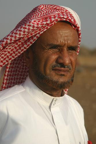 White Saudi Arabs or Dark Skinned Indians ? البيض العرب ... |Palestinian Arabs