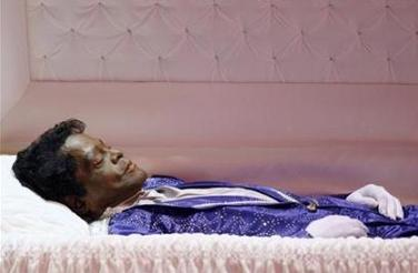 james brown open casket - photo #13